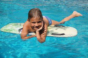Lekker spelen in het water in Kroatië